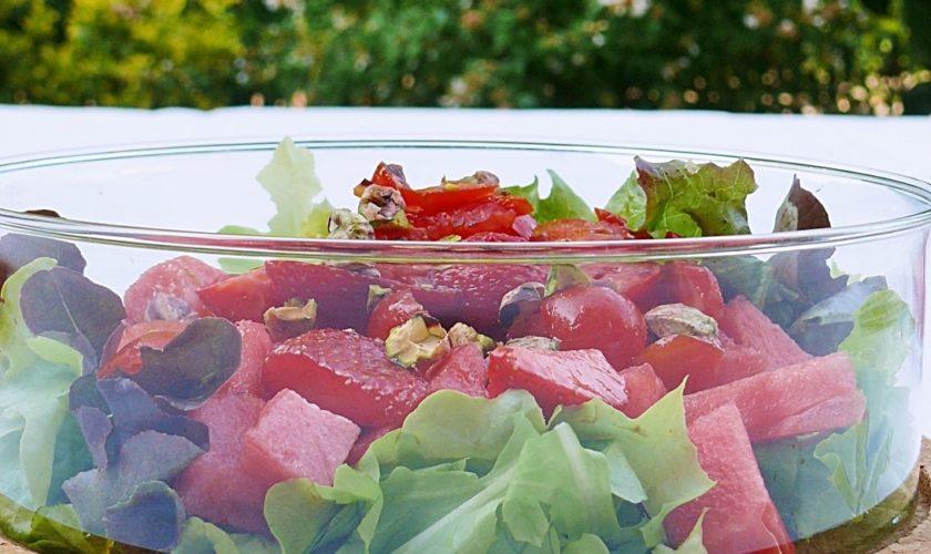 Insalata con Anguria, Fragole, Pomodorini e Pistacchi