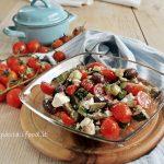 Insalata di Verdure Cotte e Crude con Olive e Feta