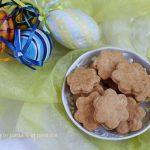 Biscotti salati per l'aperitivo di Pasqua