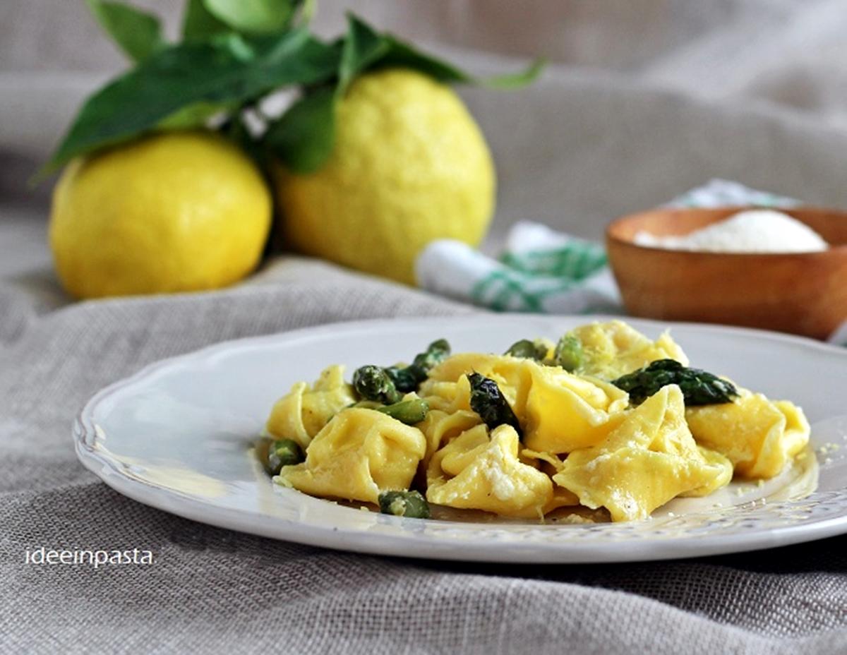 Tortelloni di ricotta e mascarpone con asparagi e limone