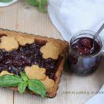 Crostata integrale con Composta di ciliegie al basilico