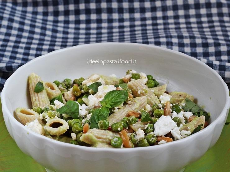 Pasta Integrale con yogurt, piselli e Feta, Ottolenghi style