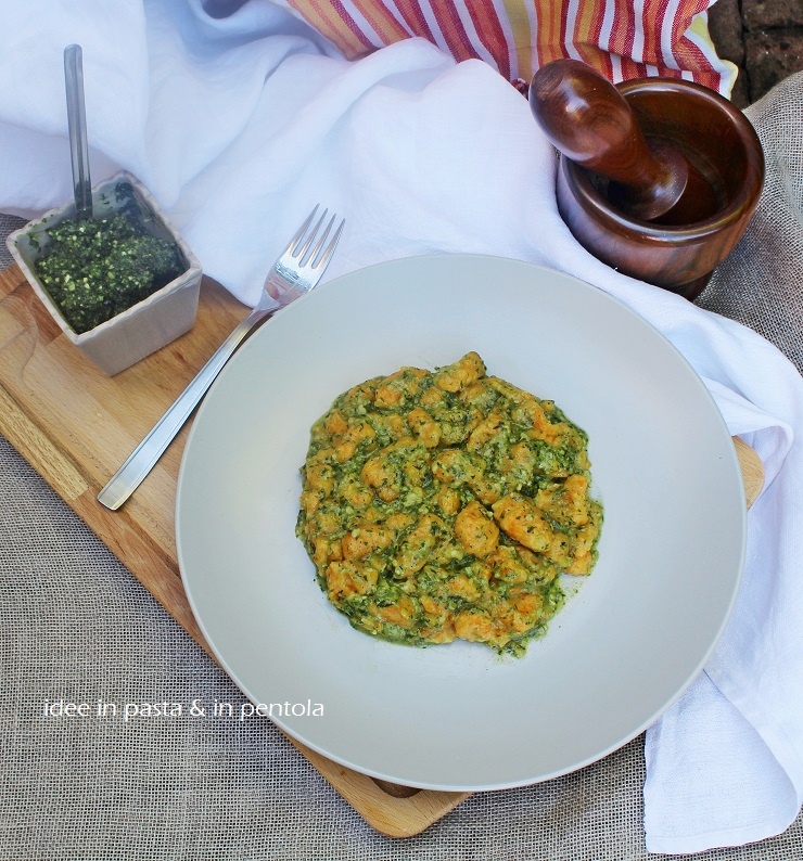 Gnocchi di Carote al Pesto di foglie (di carote, appunto)