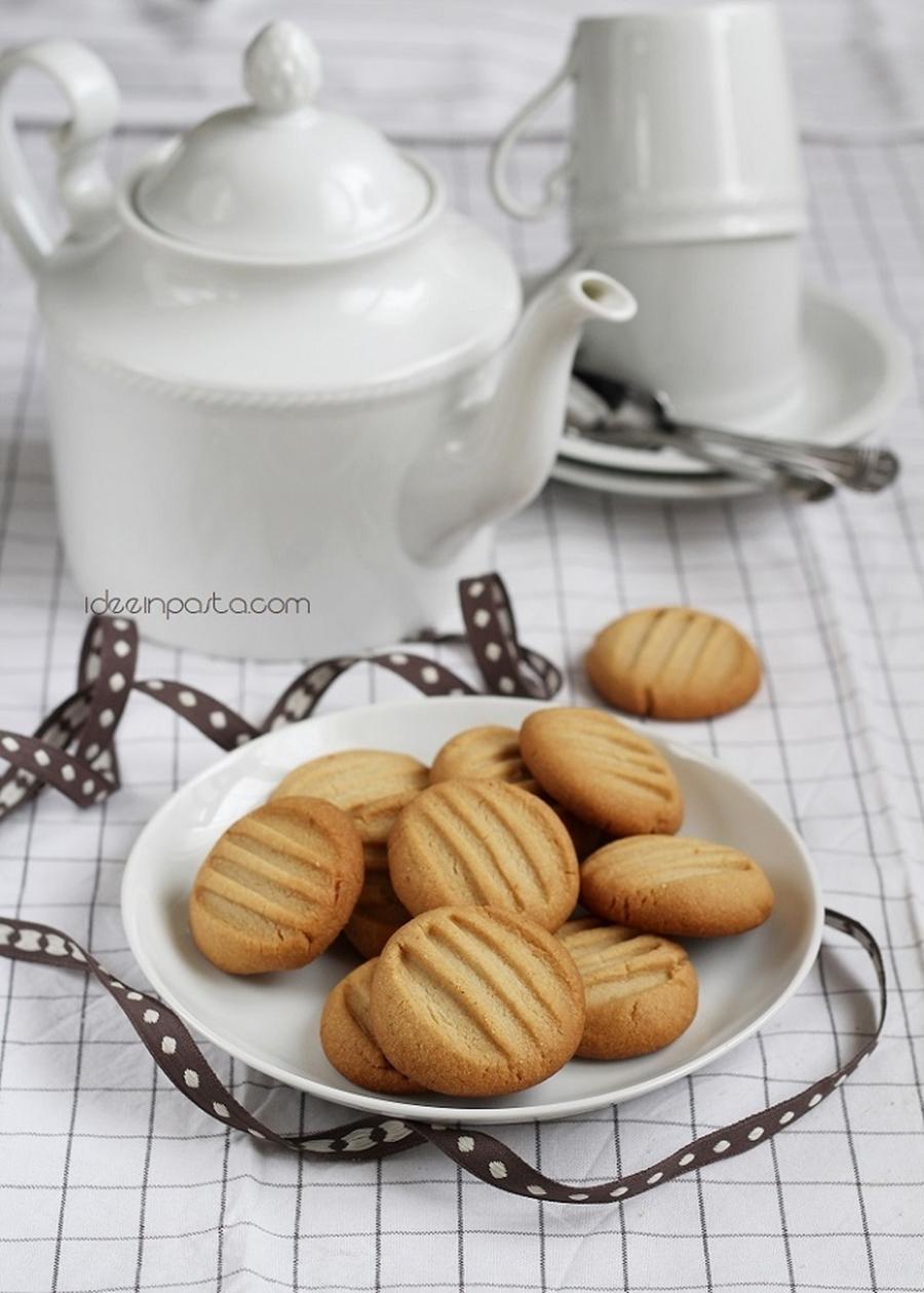 Biscotti Tahini