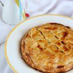 torta di sfoglia con ananas