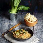 Spaghetti cinesi con cavolo cinese