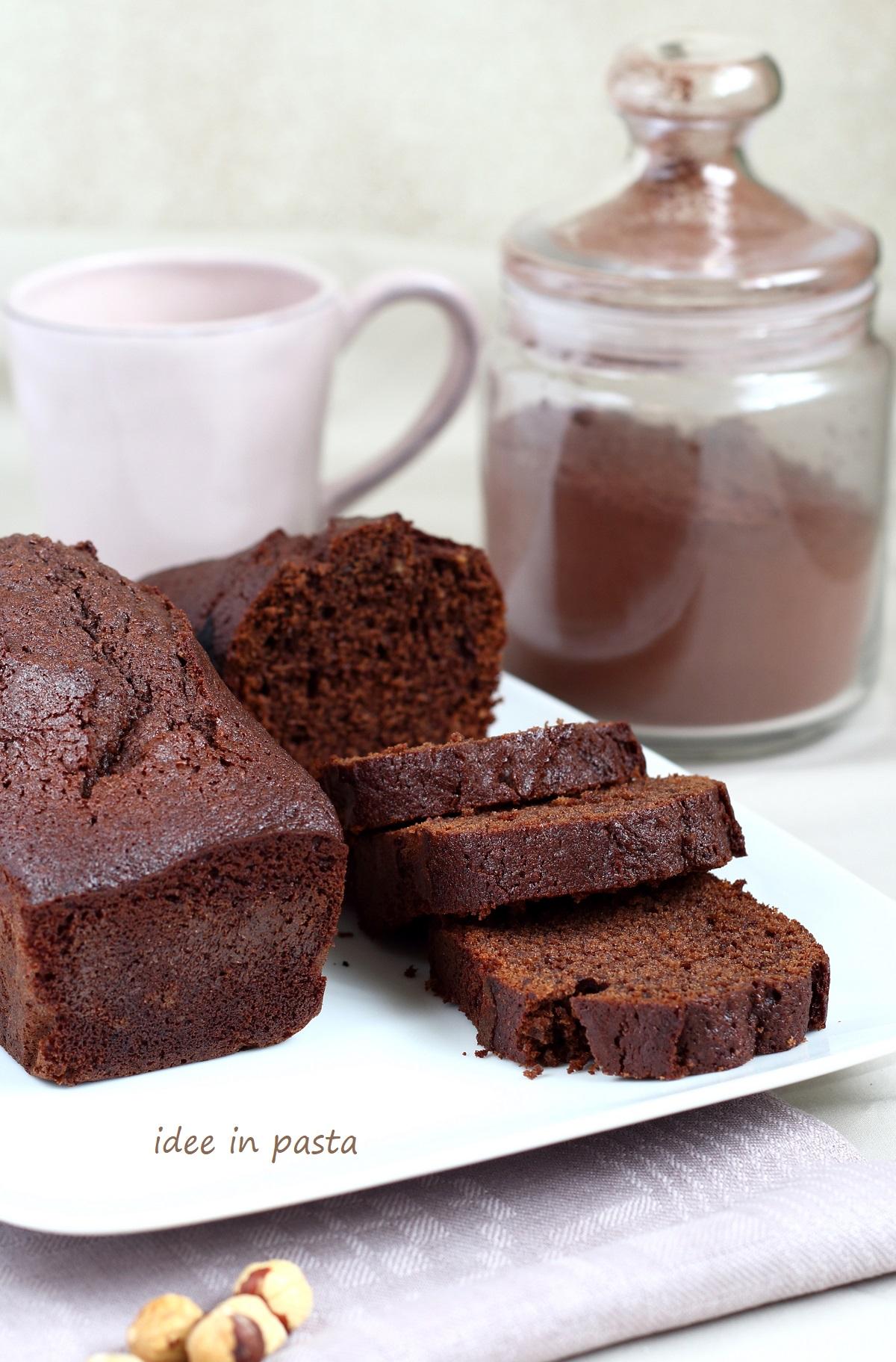 Plumcake doppio cioccolato e nocciole.